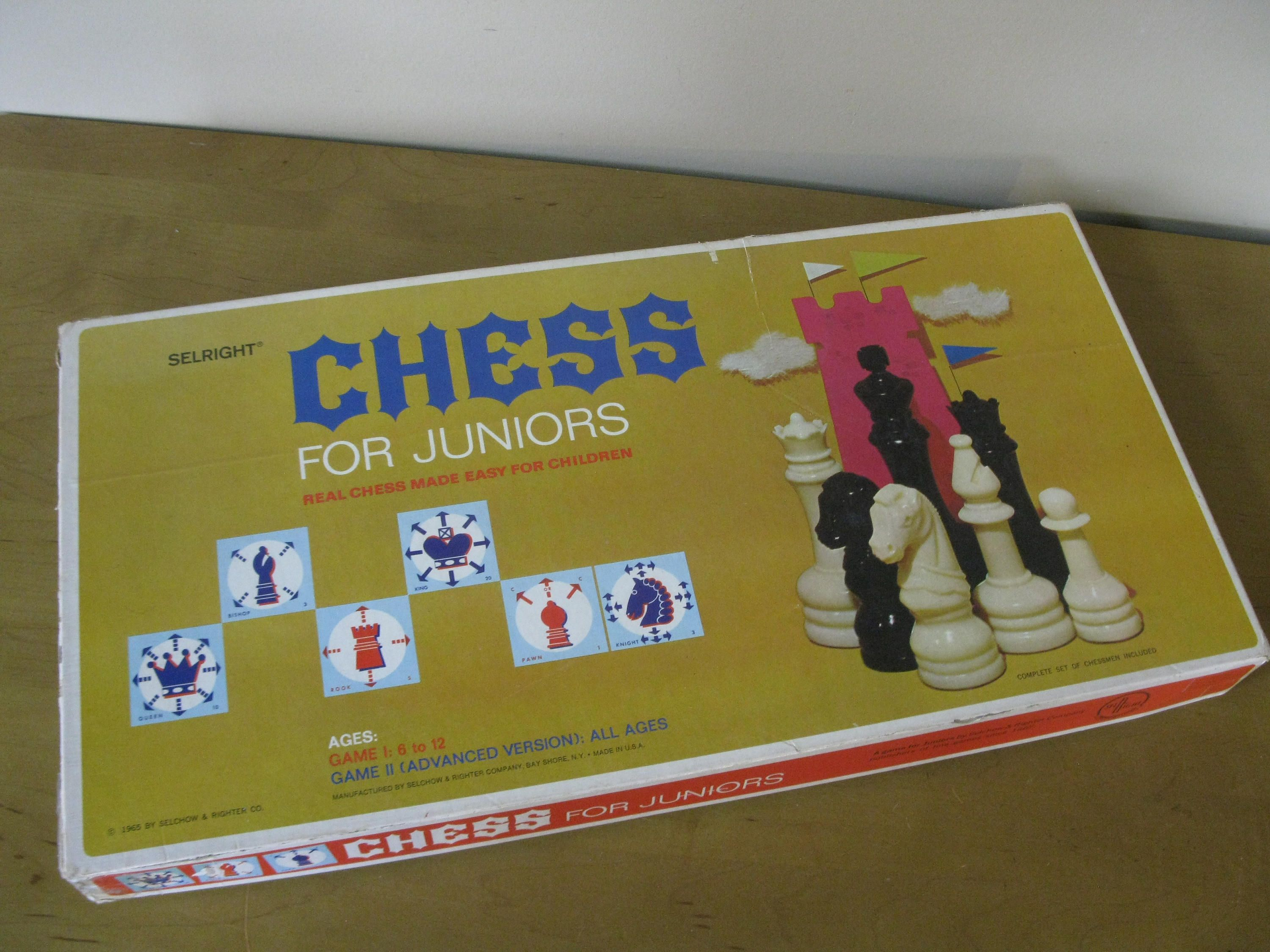 1965 CHESS For JUNIORS game - Selchow & Righter Co- COMPLETE