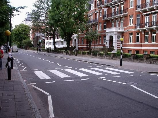 Abbey Road Crossing Without The Beatles Abbey Road London Abbey Road London Neighborhoods