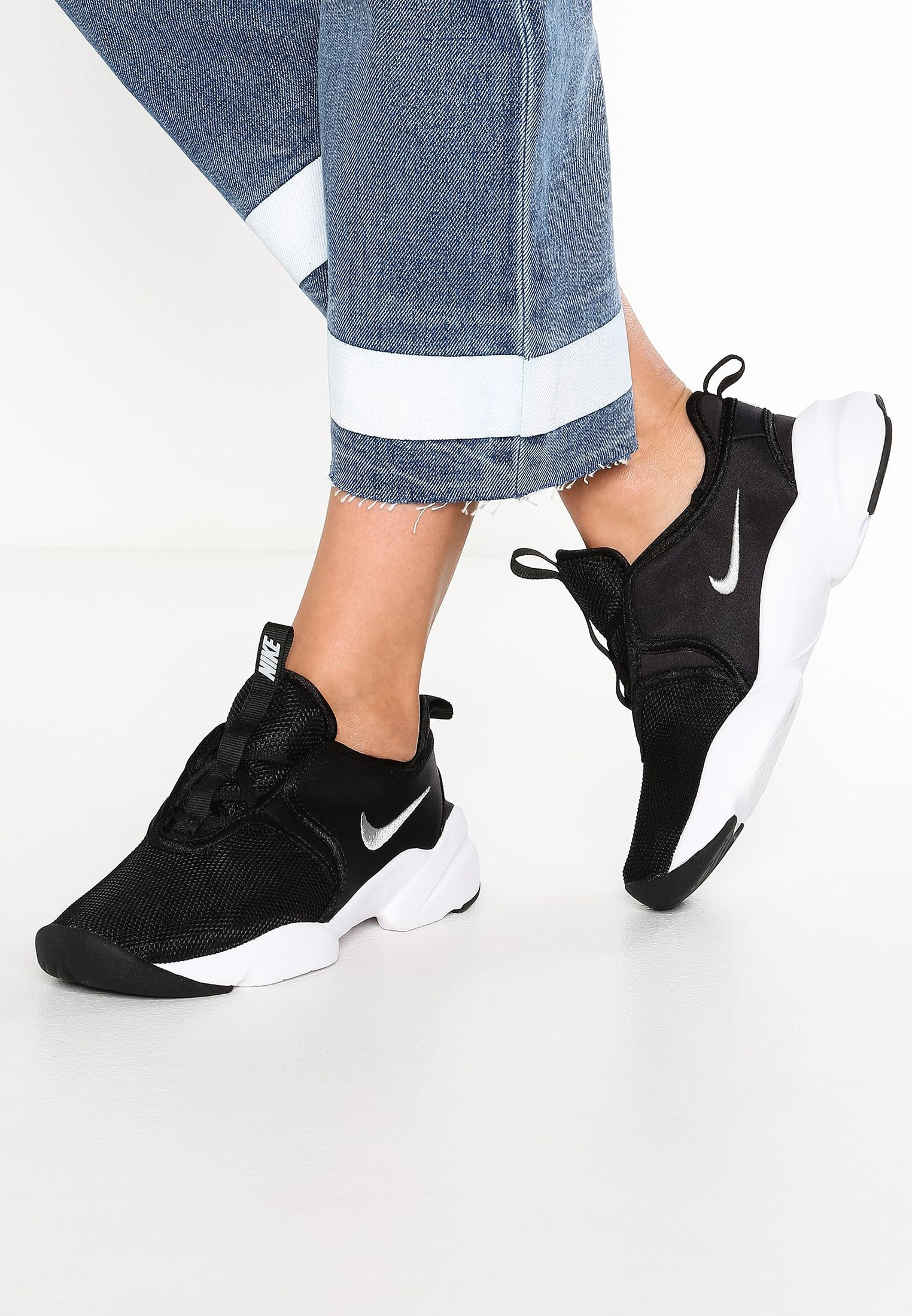 0c8b1611c1161b Nike Sportswear LODEN - Sneakers basse - black wolf grey white - Zalando.it