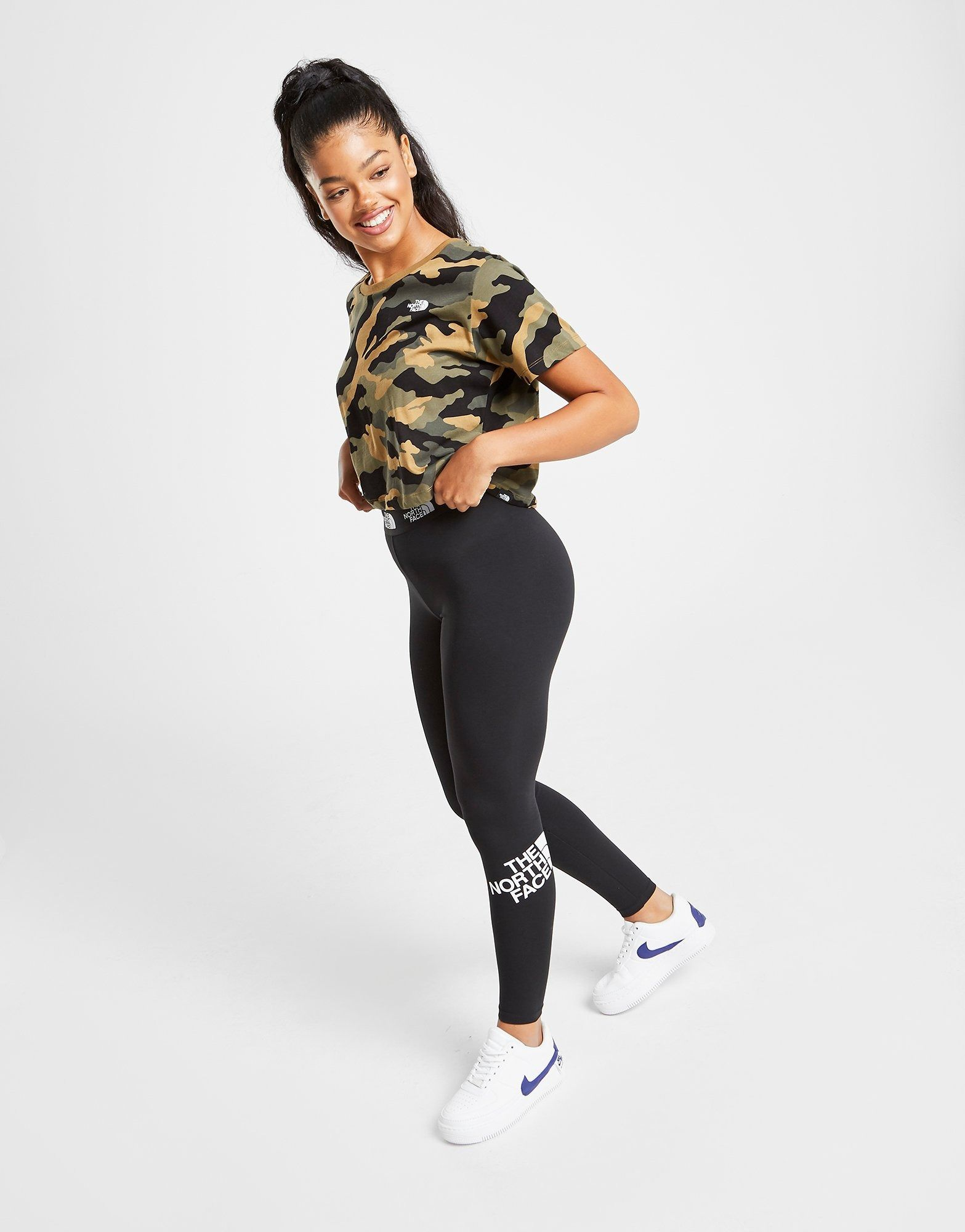 Pin by Naomi on 1 in 2020 Outfits with leggings, Waist