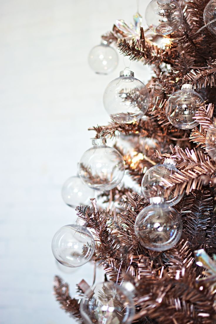 Diy rose gold christmas tree christmas makes me all for White and gold tree decorations