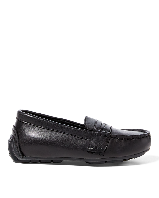 0508a7fce Boy Shoes, Penny Loafers, Timeless Fashion, Moccasins, Guy Shoes, Loafers,