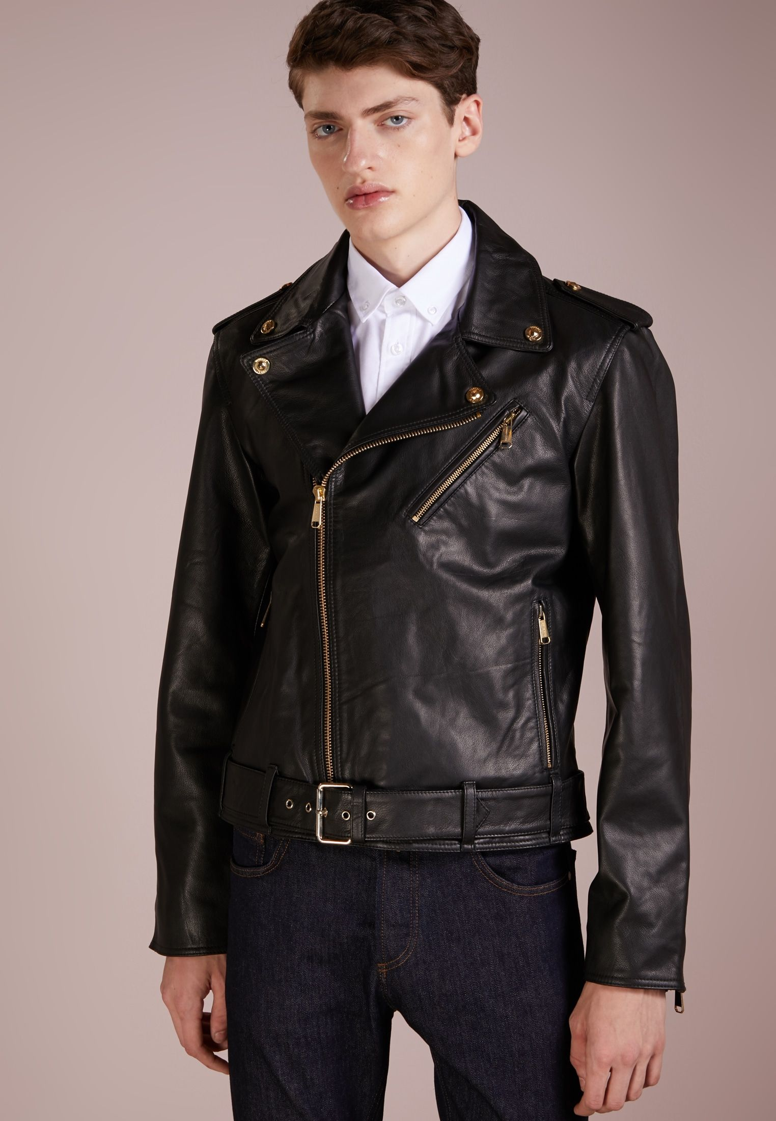 3ab61dcb5b18 Veste en cuir - nero   Pieces of clothing   Pinterest   Versace ...