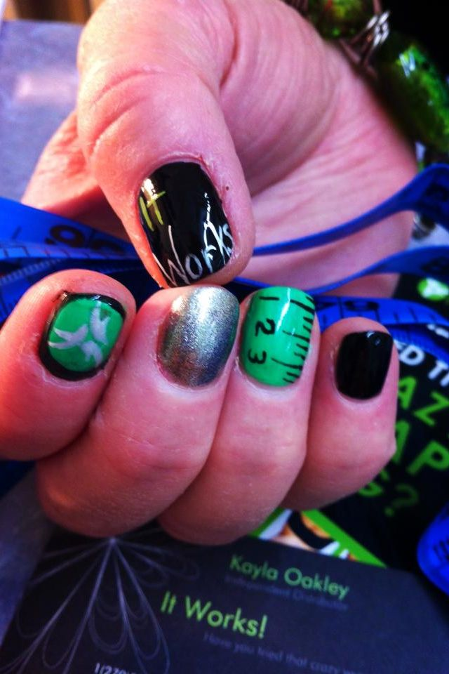 Tracy Sabatino It Works nail art | Green Black and Bling ...