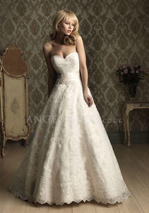 Natural Waist Lace Wedding Dress