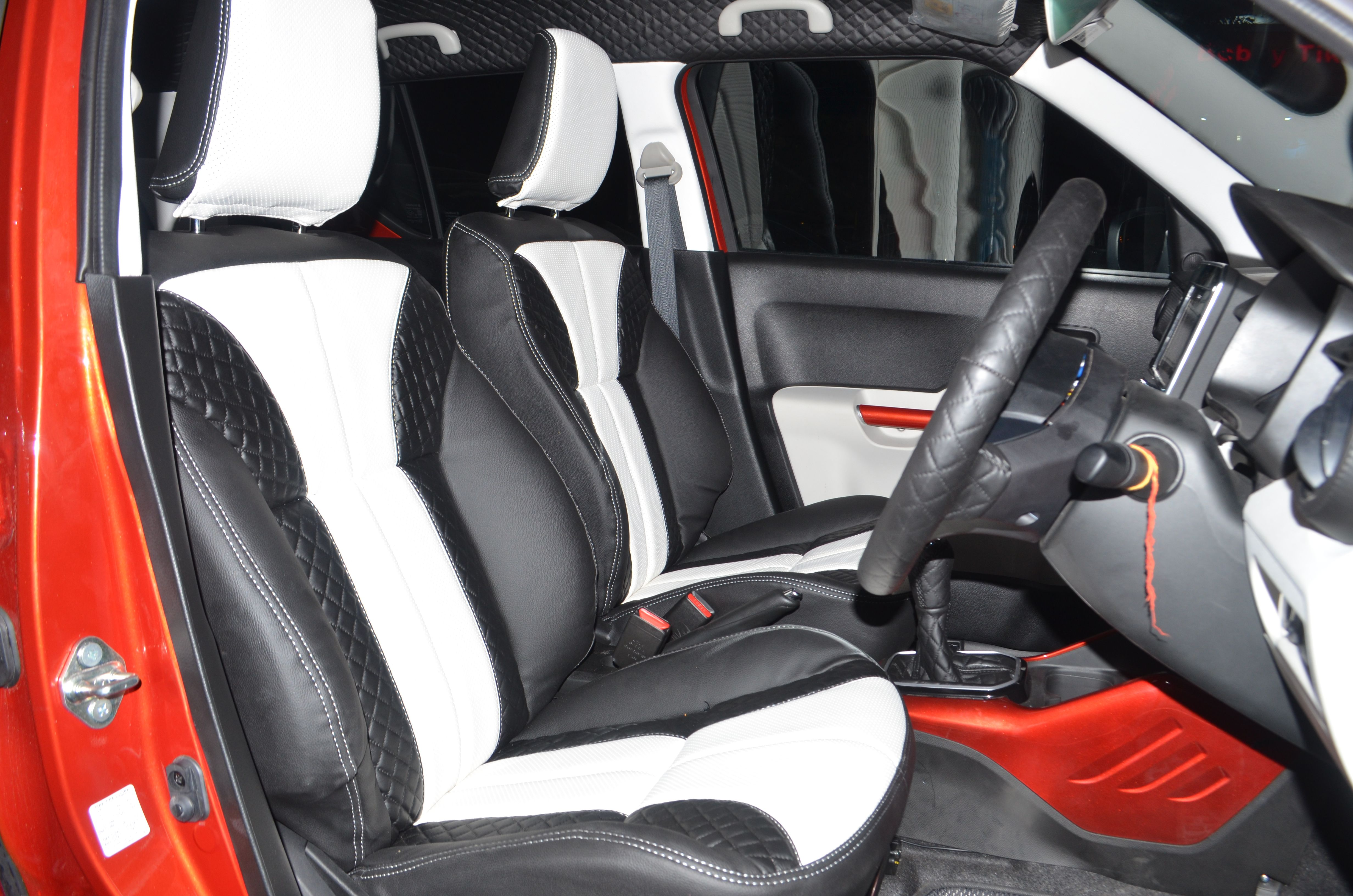 #Car_Interior_Accessories For #MarutiSuzuki #Ignis Get best offers and discount on Interior