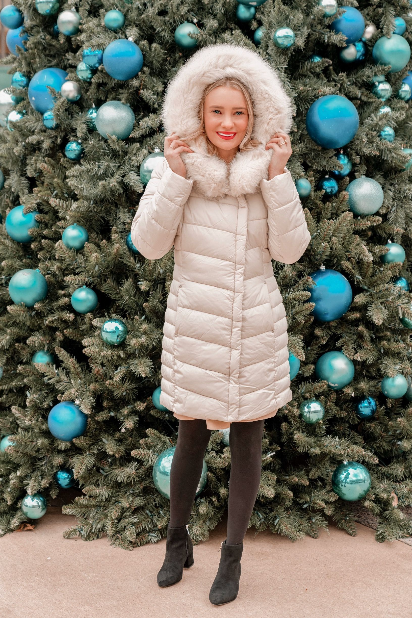 How to Style Your Parka Puffer Jacket This Winter – Pretty in Pink Megan Trendy Outfits