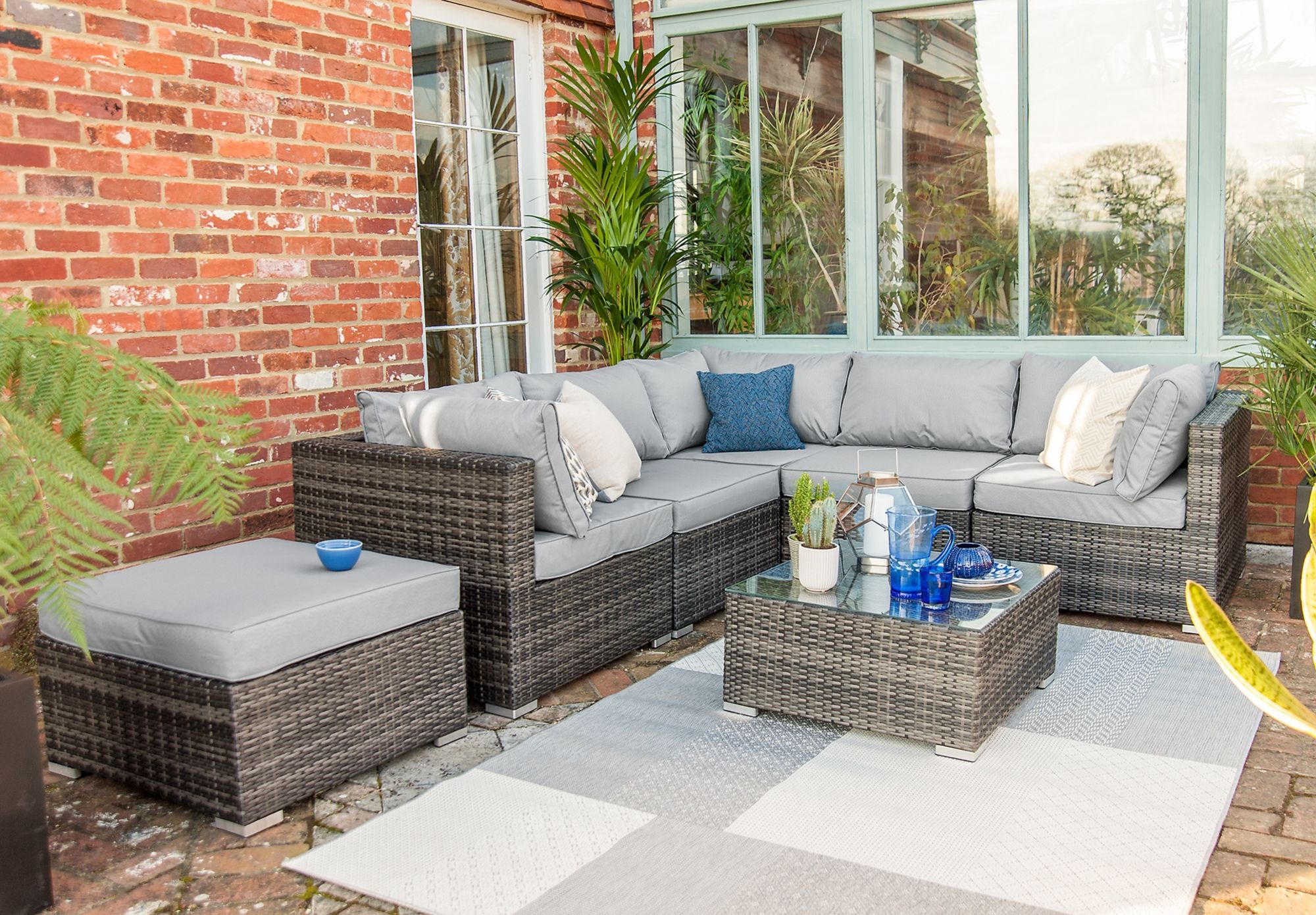 Relax and dine in comfort in conservatory or garden with