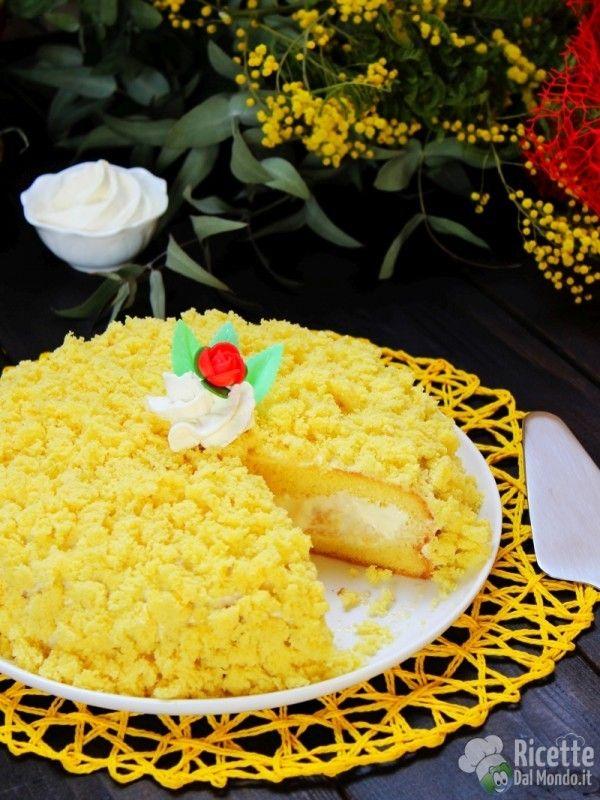 Torta mimosa all'ananas in scatola
