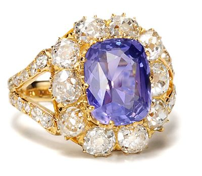 Magnificent! Color Shift Purple Sapphire, No Heat  - The Three Graces  #TuscanyAgriturismoGiratola