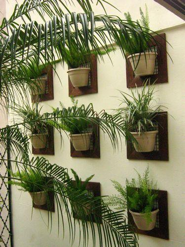 armar una composición con diferentes formas y escalas? Materas - jardineras verticales