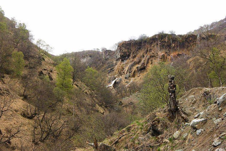 Кабардино-балкария. Гедмишх.  #кавказ  #природа #путешествиe #горы  #кмв  #nature #photooftheday #mountains #colorful #instagood #amazing #instacool #photoshoot #look #instalike #follow #best #wilderness #instagramanet #shots  #pictures #photo  #travel #Caucasus #russia #russiaphoto  #photography #2017 #OlegMar http://tipsrazzi.com/ipost/1516460895666986757/?code=BULjSZqAF8F