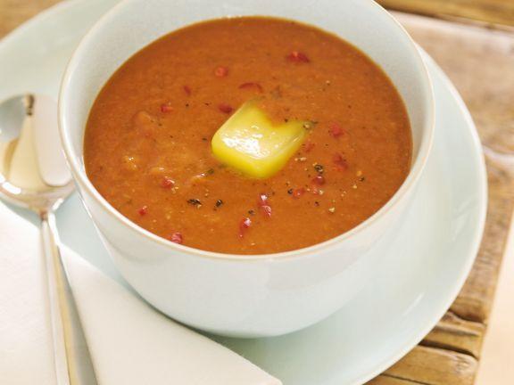 Kalte Tomatensuppe ist ein Rezept mit frischen Zutaten aus der Kategorie Suppen. Probieren Sie dieses und weitere Rezepte von EAT SMARTER!