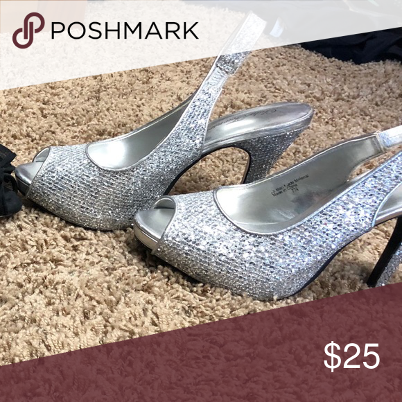 High Heels Silber funkelnde High Heels Schuhe Heels  #funkelnde #heels #schuhe #silber