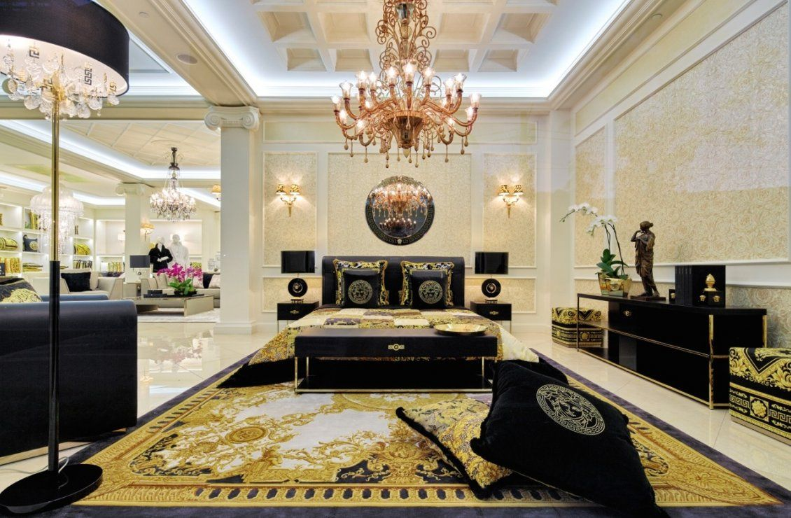 Versace home luxury in 2019 versace home versace for Casa interior design