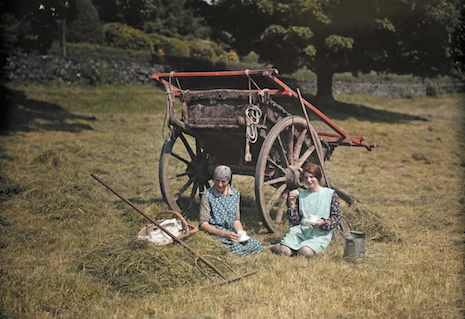 Beautiful color photographs of England during the 1920s