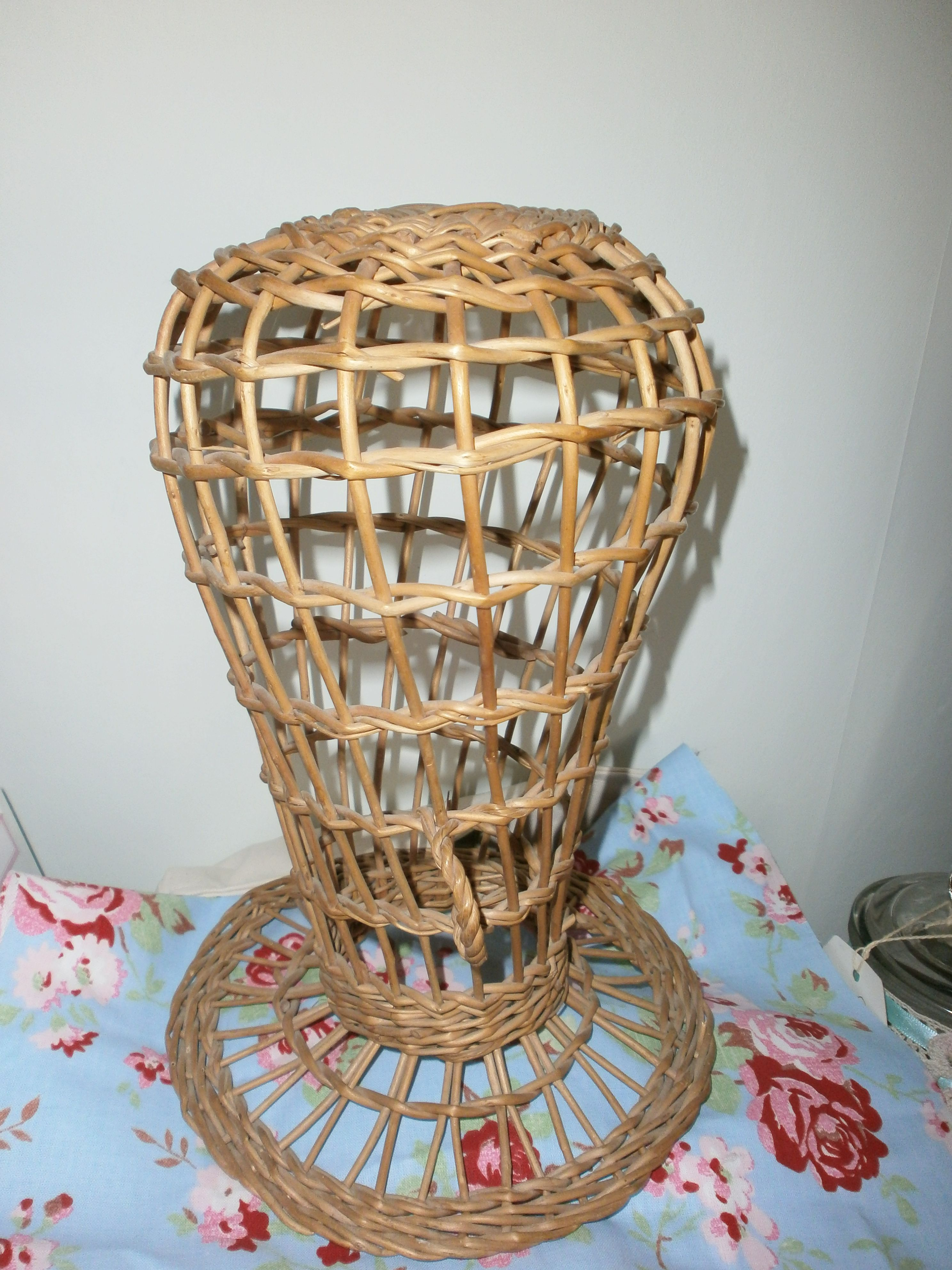 french hat stand | DIY CRAFT SHOW DISPLAY AND SET-UP IDEAS | Pinterest