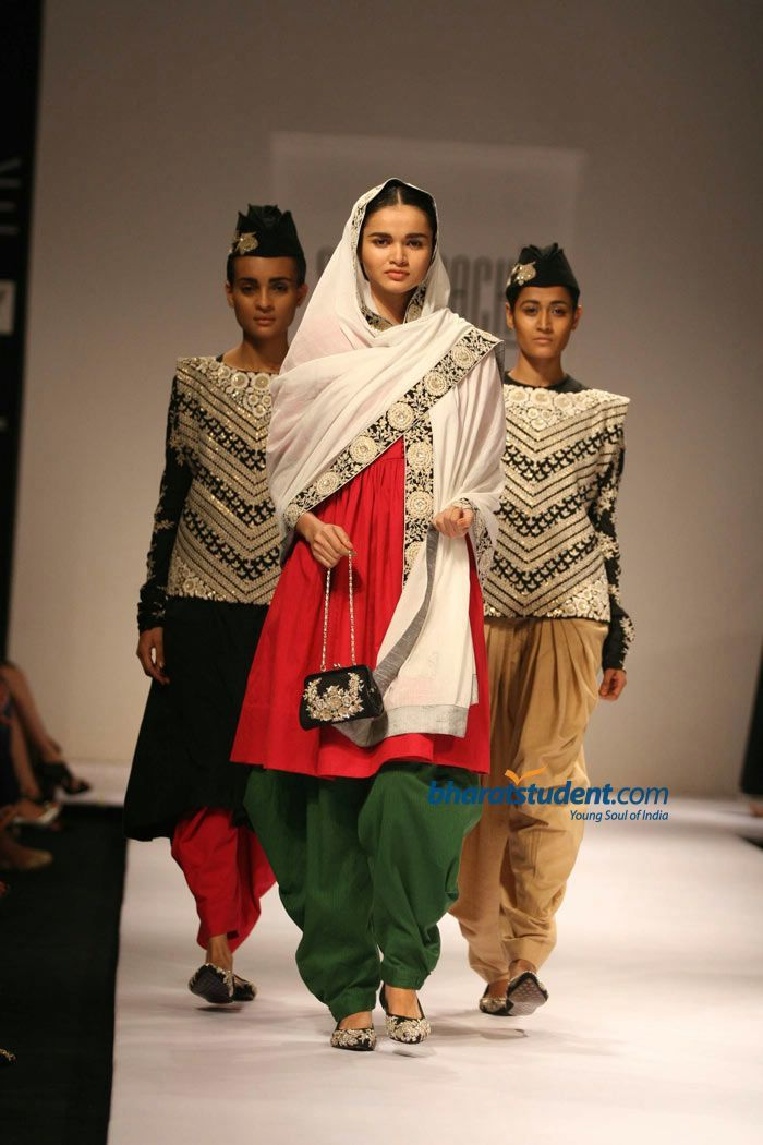 Sabyasachi Inspired Indian Fashion Dreams Indian Outfits Indian Fashion Indian Fashion Designers