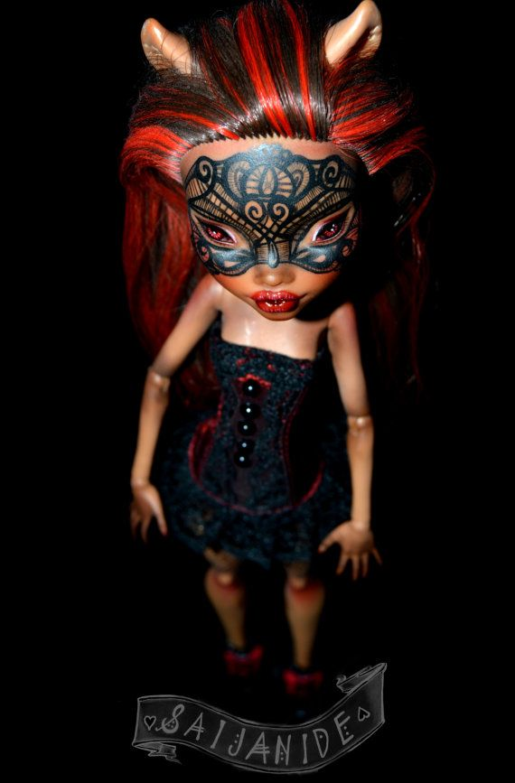 ooak monster high repaint doll custom clawdeen lace mask tattoo - Gateau by Saijanide