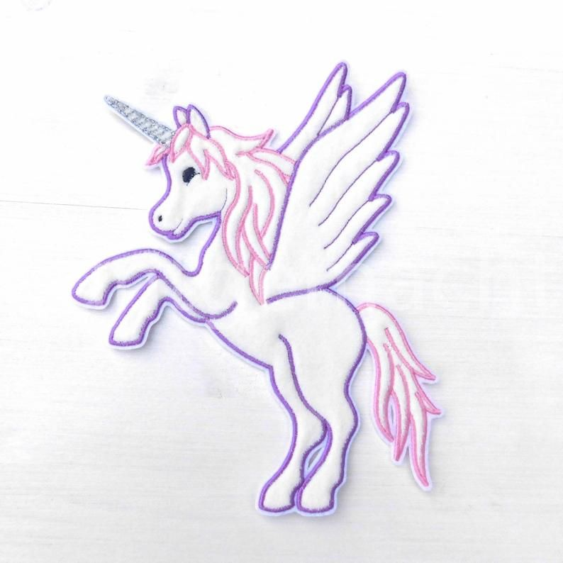 Pegasus Einhorn Mit Flugeln Applikation Maschinenstickerei Etsy Machine Embroidery Designs Machine Embroidery Embroidery Designs