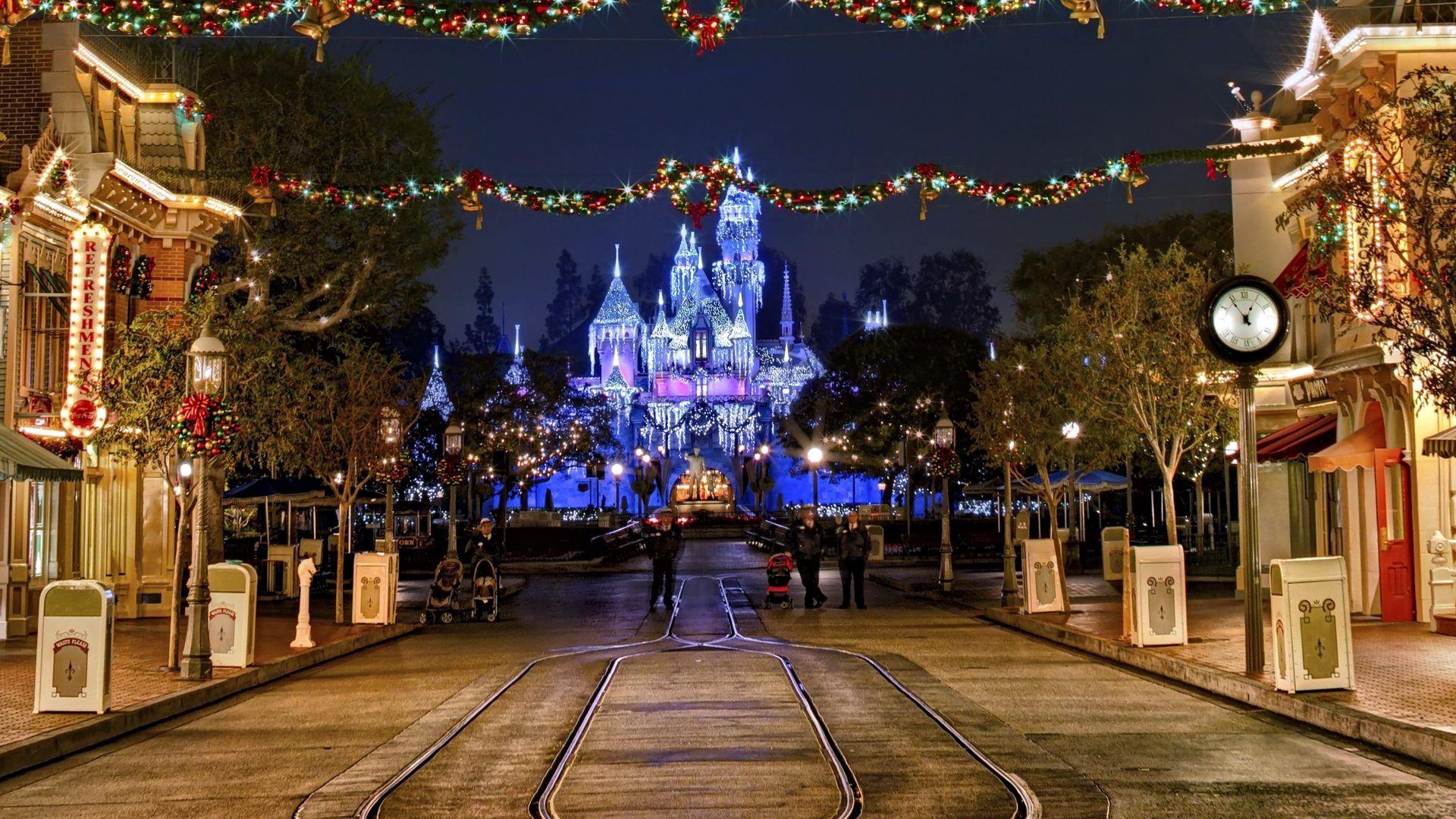 houseschristmaslightslanternscolorfullight