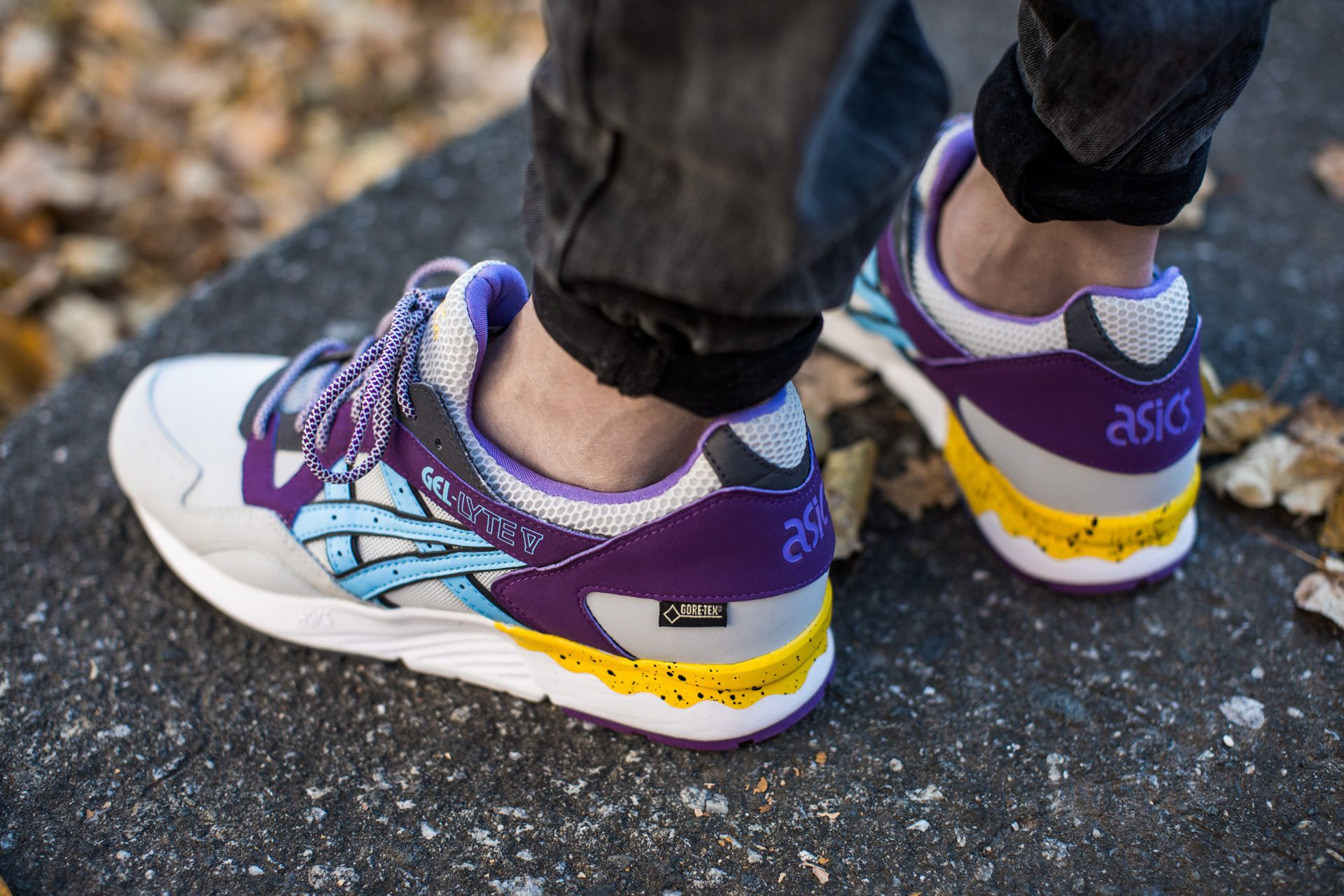 asics gel lyte v gore-tex purple/soft grey
