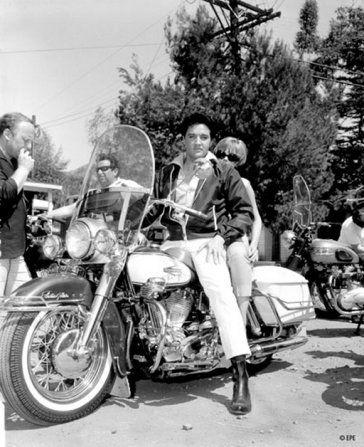 Scotty Moore - Elvis Presley's 1966 FLH Electra-Glide