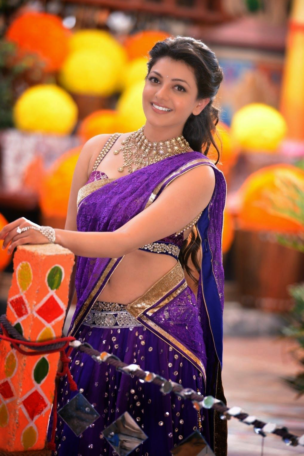 kajal agarwal south ever hot navel cleavage show photos from ram