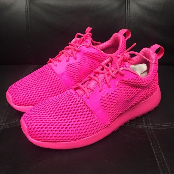 online store 6bcc1 80d07 Womens Nike Roshe One HYP BR New with box. Pink Blast Nike ...
