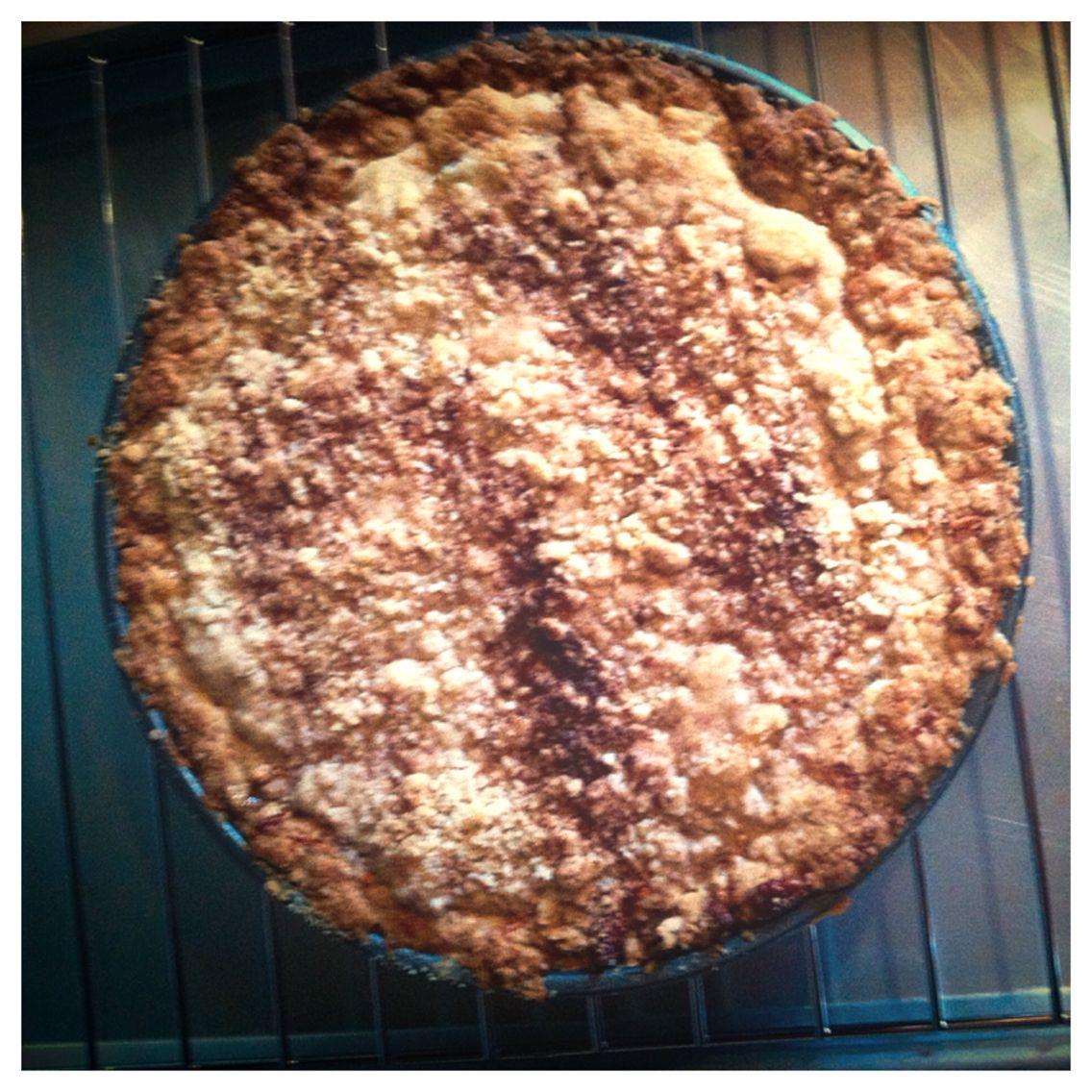 Apple cheddar tart