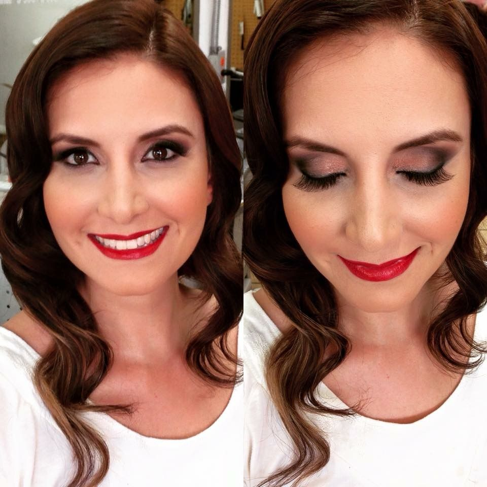 Classic Makeup. Neutral colors, red lips. Classic Beauty