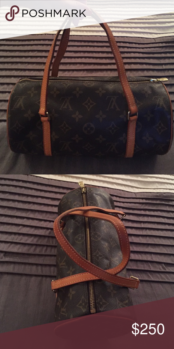 a3a73caf39b02 Louis Vuitton Papillon 26 monogram bag Beautiful LV Papillon bag. Lightly  used. Approximately 10 years old, but hasn't been used in years. Great  condition.
