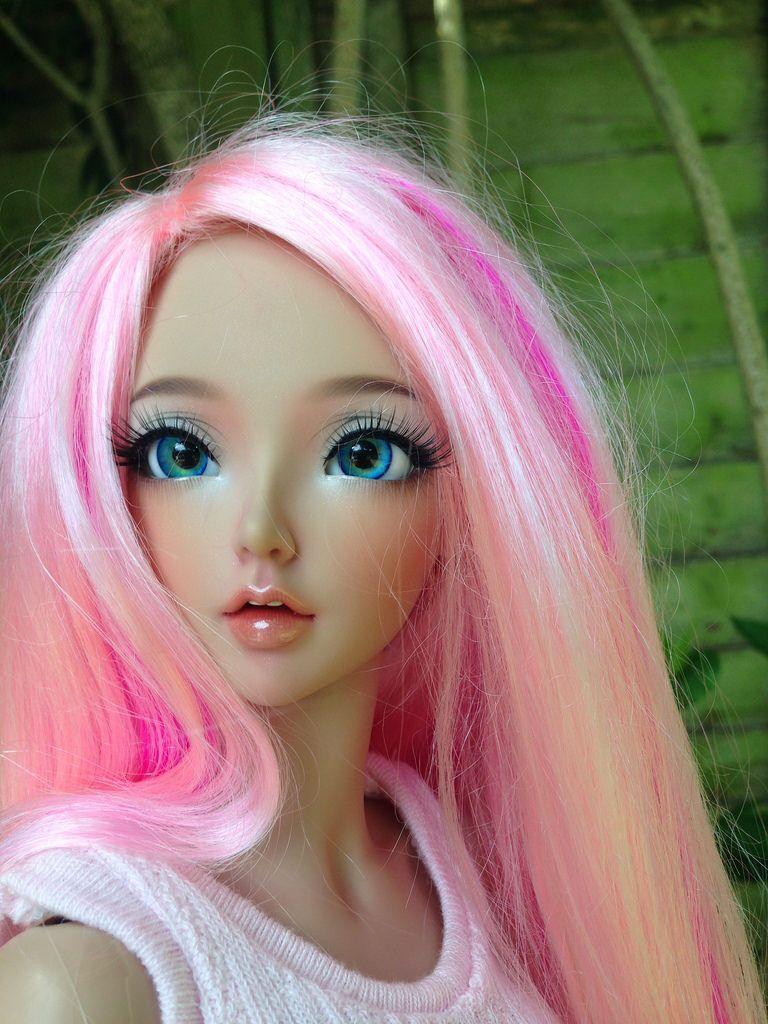 розовые картинки с куклами как себя