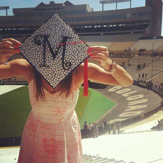 25 Of The Prettiest DIY Graduation Caps You'll Ever See ...