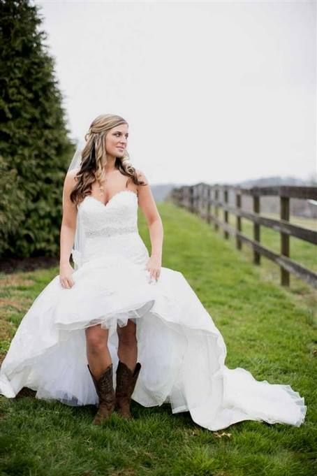 High Low Country Wedding Dresses With Cowboy Boots 2017 Mydresses Reviews 20 Country Style Wedding Dresses Short Wedding Dress Rustic Wedding Dresses Country