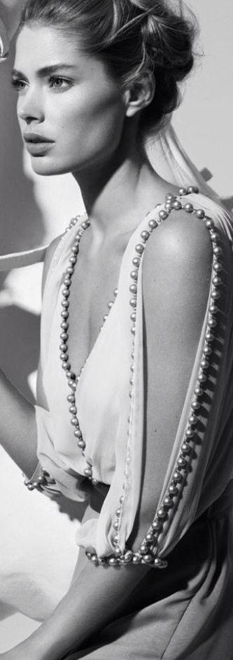 Doutzen Kroes by Cuneyt Akeroglu for Vogue Turkey