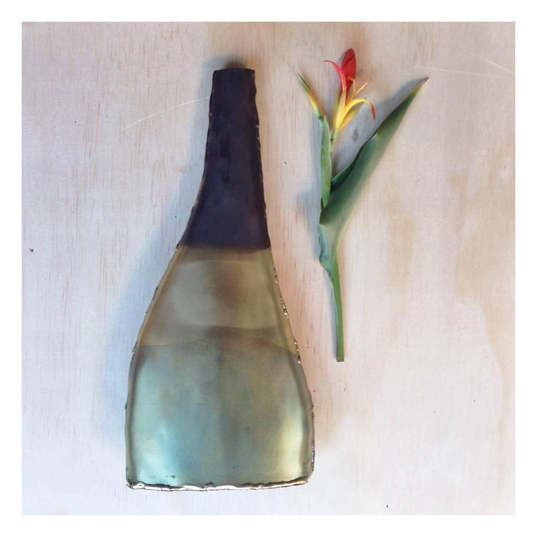 I really can't get enough of our handcrafted brass horizon decor range. I literally face one in every room  #obsessed  #globalliving #zarparliving #decor #homewares #interiorinspo #interiorinspiration #homewaresaddict #vase #flora #flowers #sustainable #sustsinableliving #fairtrade #brass #metalwork #handmade #sydneyliving #northernbeaches