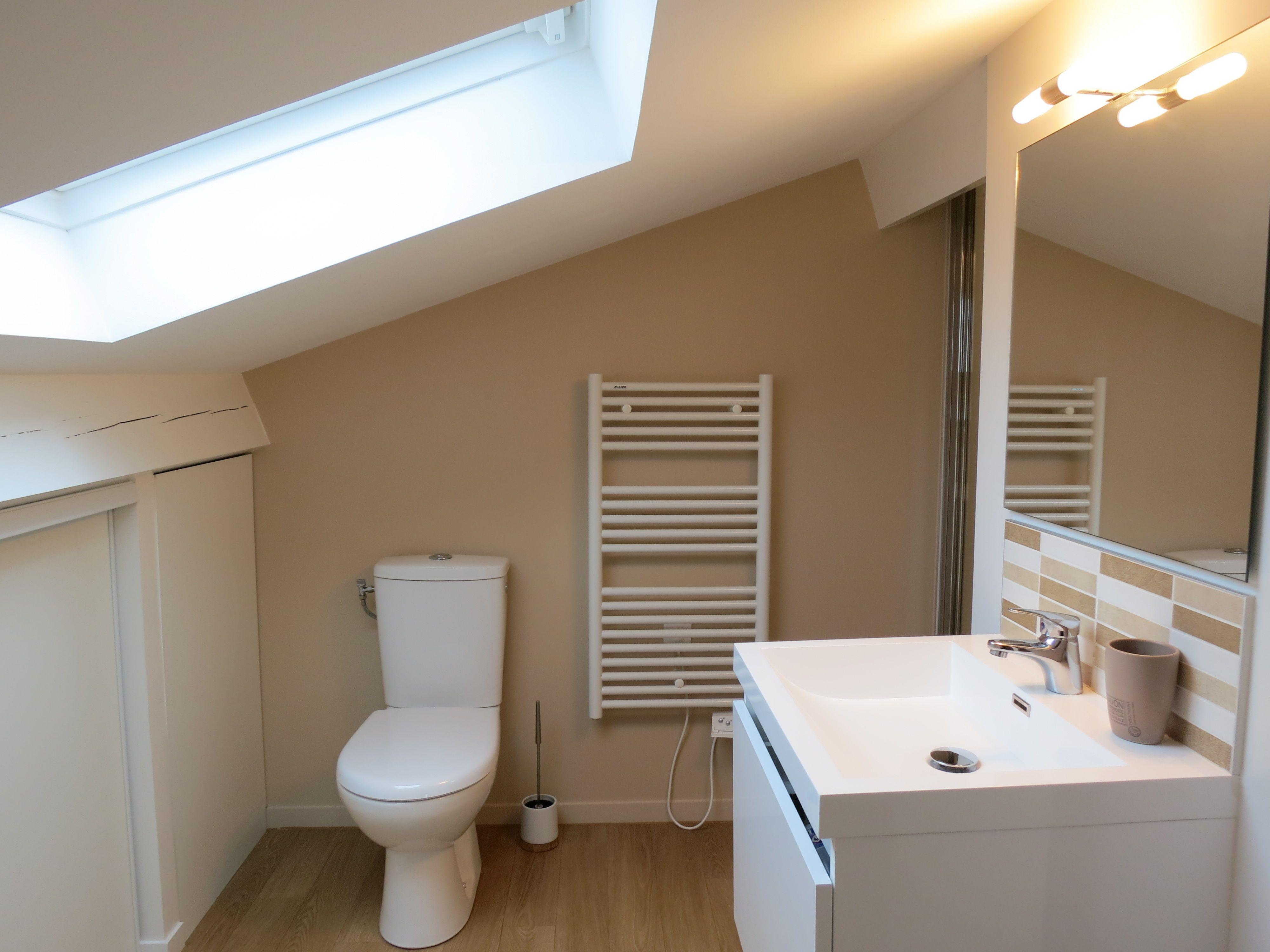 Home Et Vous Rénovation Dune Mini Salle De Bain Sous Combles - Salle de bain dans combles