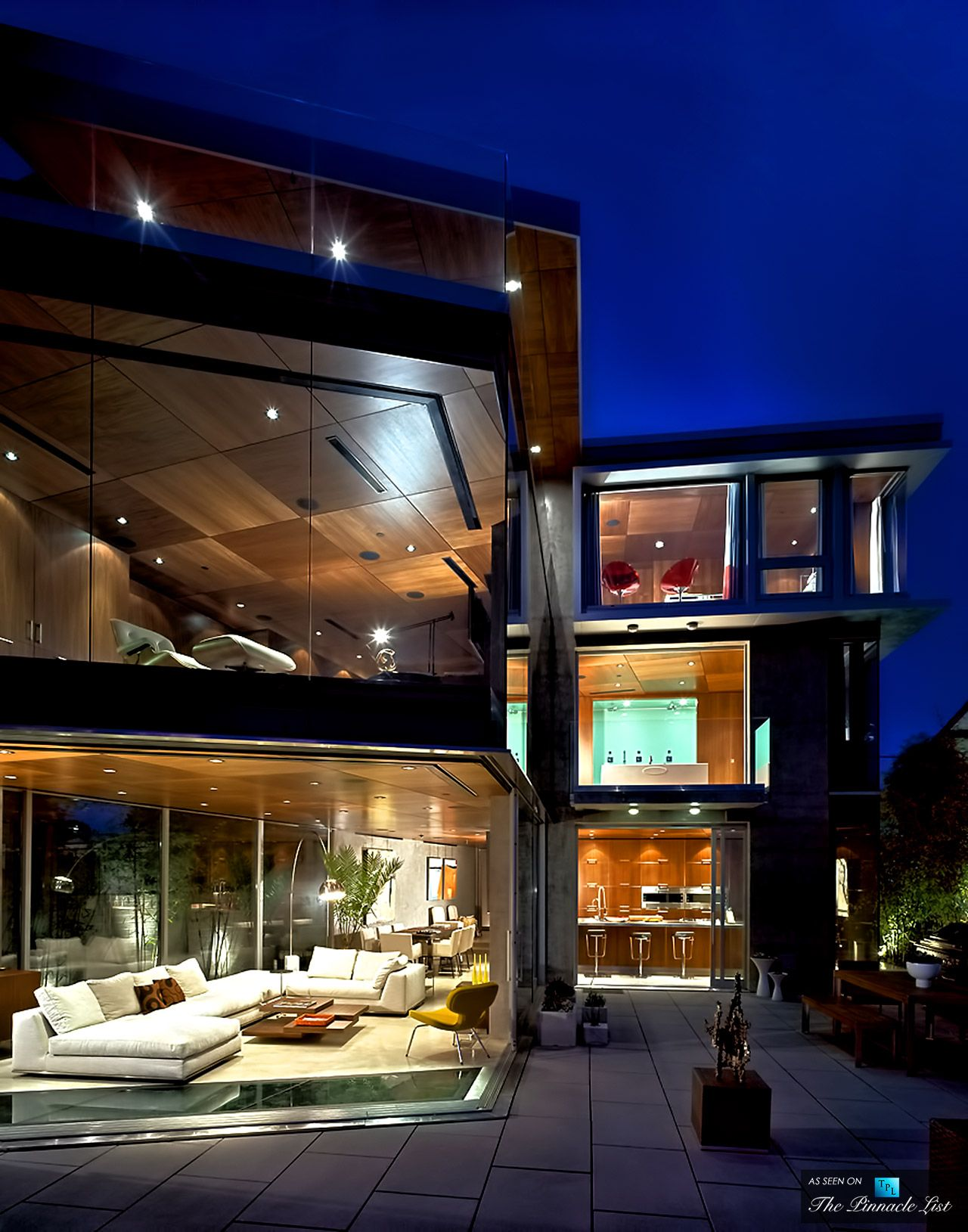 Lemperle glass house residence 5672 dolphin place san for Modern homes san diego