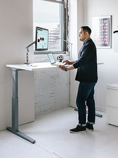 Renew Desk Herman Miller Sit To Stand Desk Adjustable Height Desk