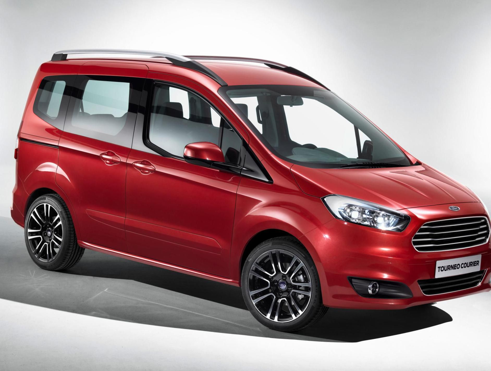 Tourneo Courier Ford Characteristics Http Autotras Com Ford