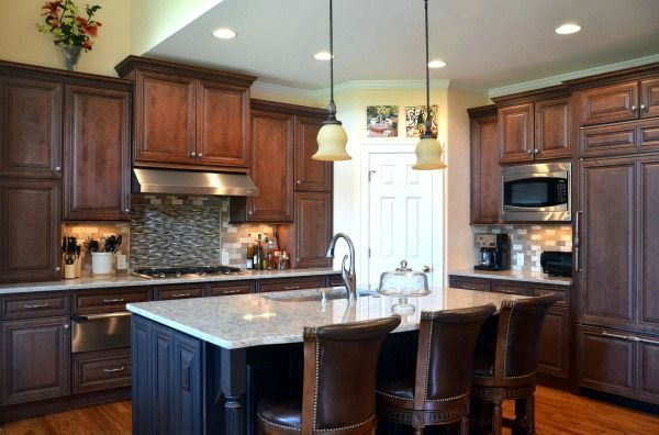 Nice Charlotte Cabinets From Carolina Heartwood Cabinets Contact Nancy Reid  Www.thekitchencenterevans.com