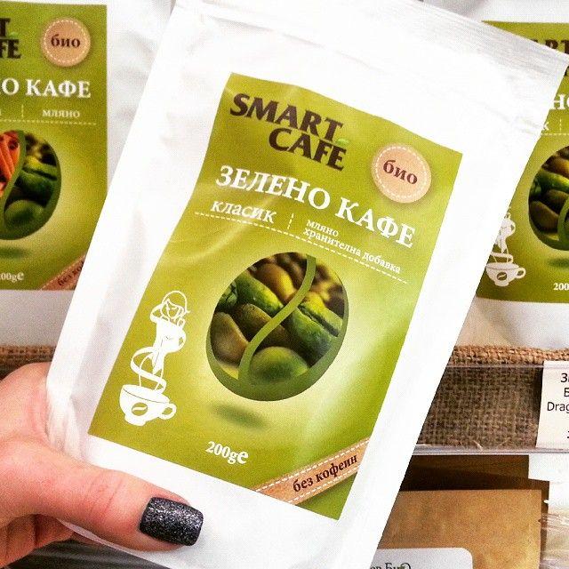 Зелено кафе за отслабване.  http://spirala.bg/shop/superfoods/zeleno-kafe-mliano-200-gr-2 Бихте ли опитали?