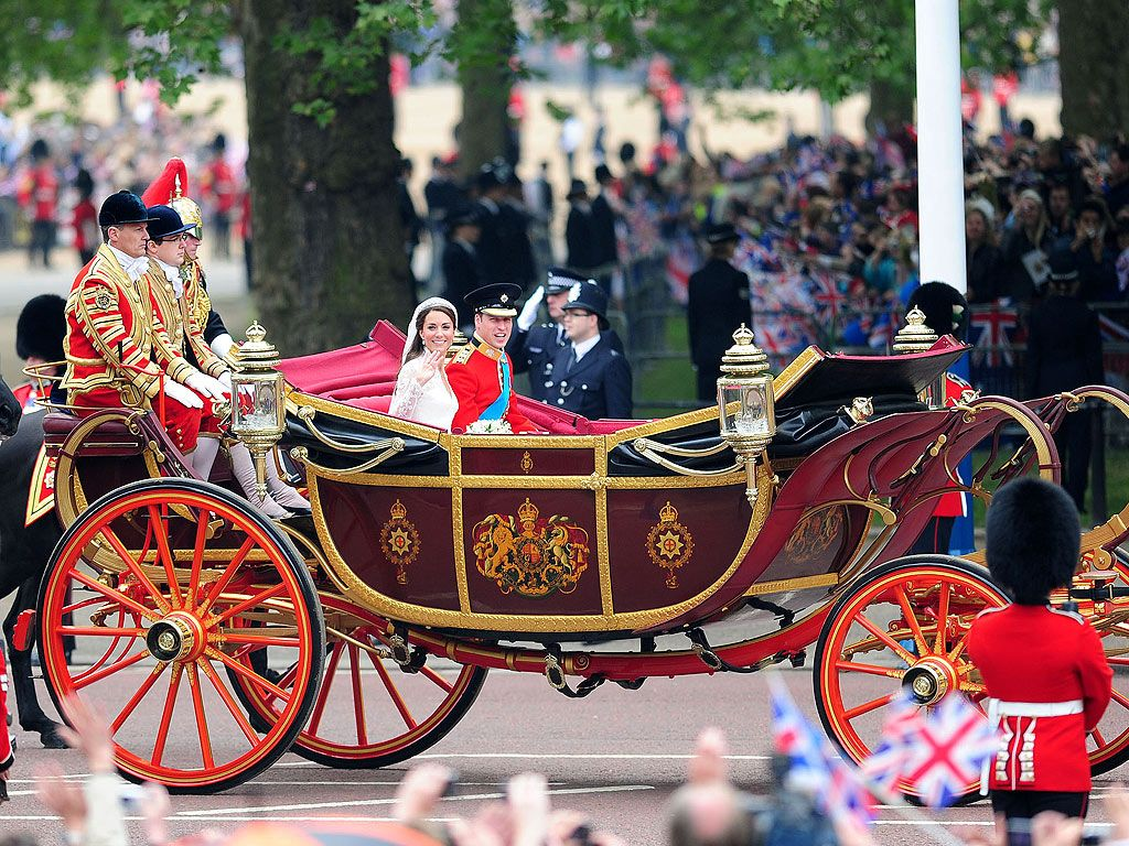 Duke and Duchess wedding carriage