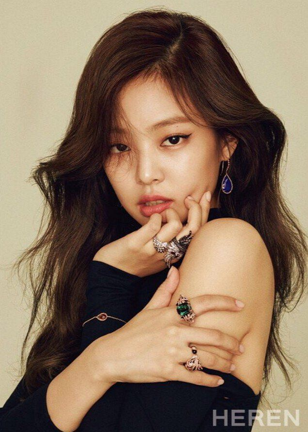 Black Pink's Jennie gives off a more mature image for 'HEREN'