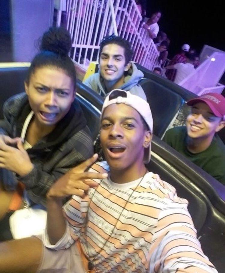 Rides with ppl u love Cesar, Light skin boys