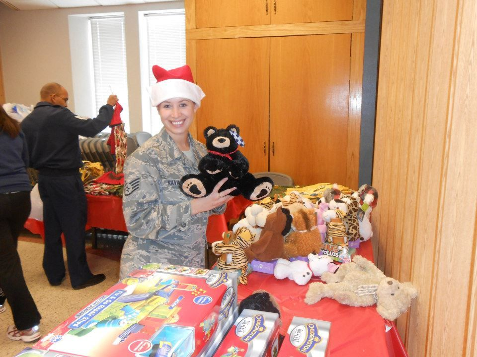 It S A Beary Merry Christmas At Operation Homefront Rocky Mountain Region