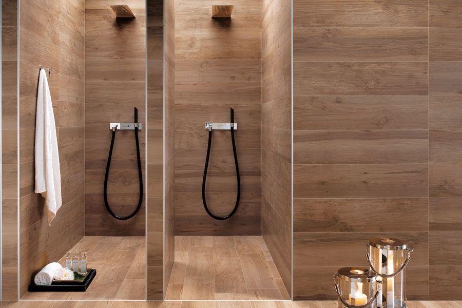 Fliesen Für Die Dusche In Holzoptik   Täuschend Echt Und Pflegeleichter Und  Langlebiger Als Echtes Holz. Feuchtigkeit Ist Kein Problem.