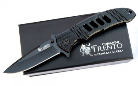 Canivete Trento Comando 100 apresentada em caixa de papelão imantado, com lamina de 80 mm. Confira http://goo.gl/e5yDoa