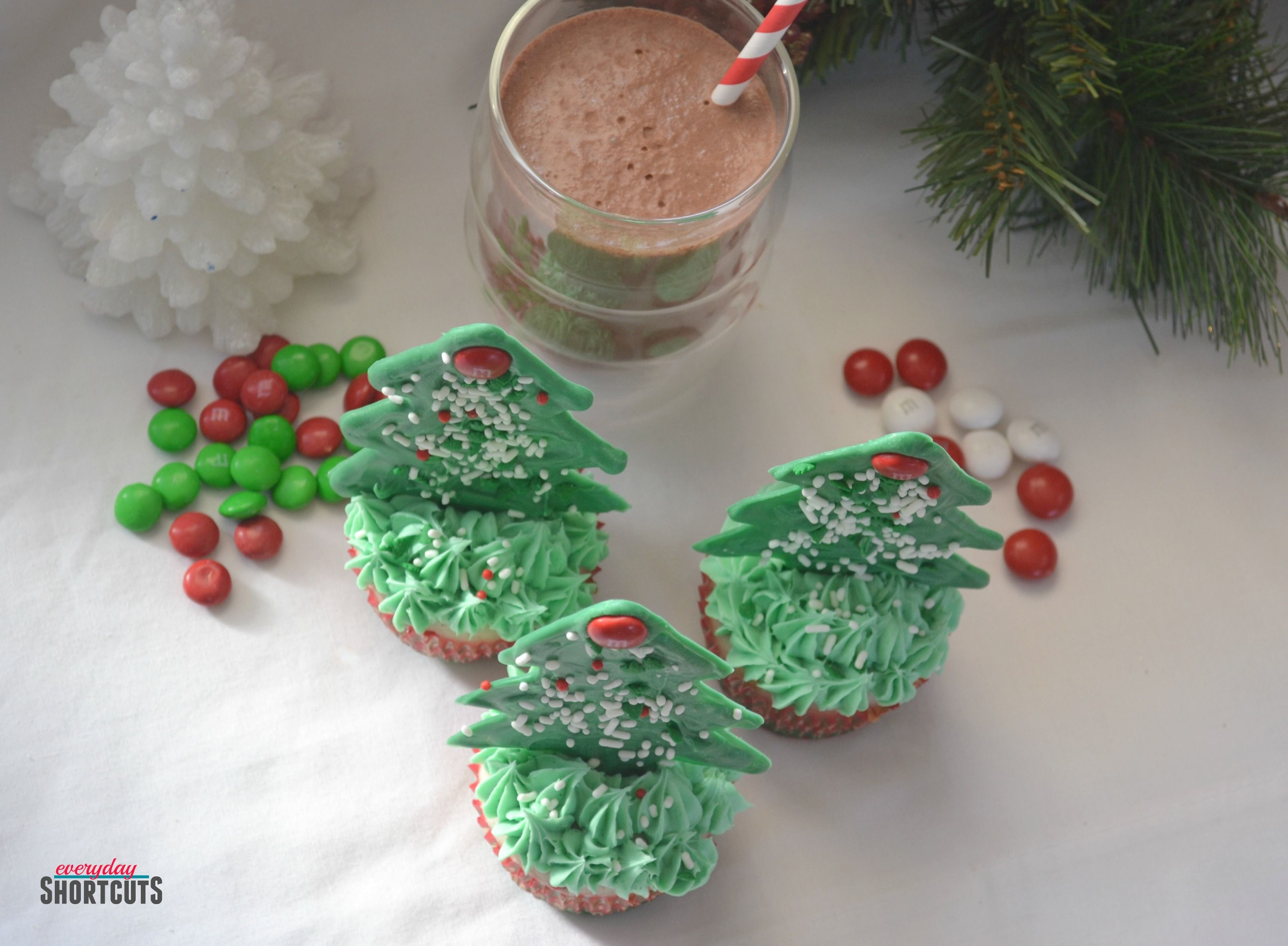 Edible Christmas Tree Cupcake Toppers and Peppermint Hot
